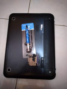 Bagian belakang laptop HP Pavilion dm1